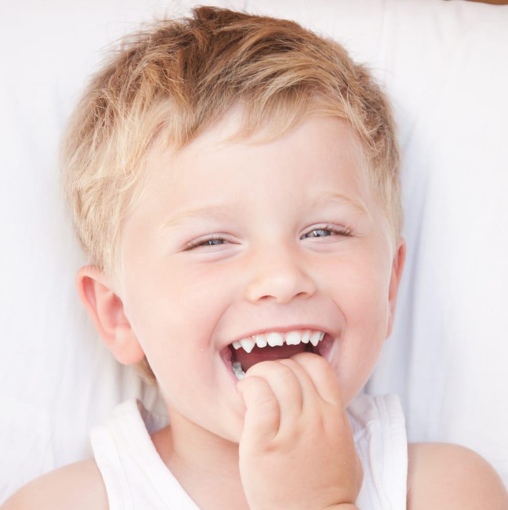 Enfant et Bébé - Carie du jeune enfant - Dentisterie pour enfants