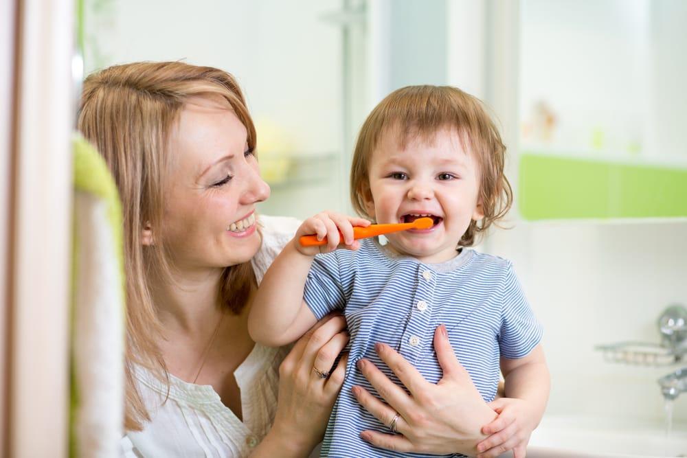Enfant et Bébé - Dentisterie pour enfants
